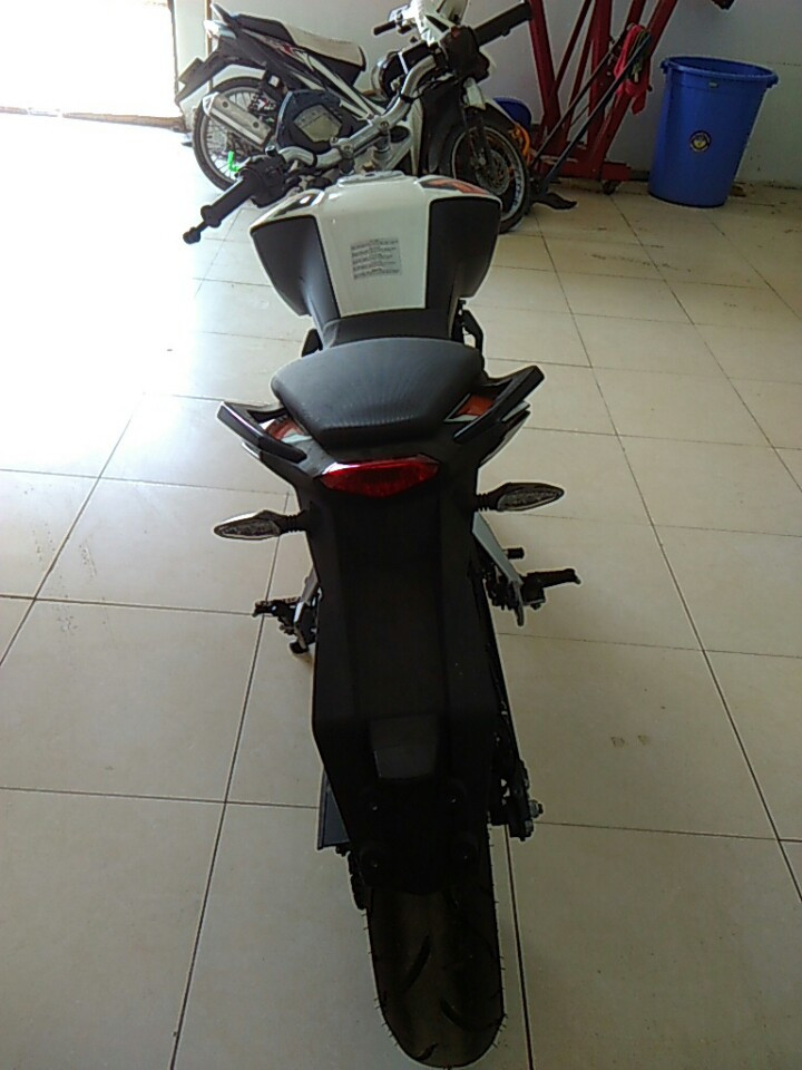 Ban xe KTM duke 200 co ABS - 4