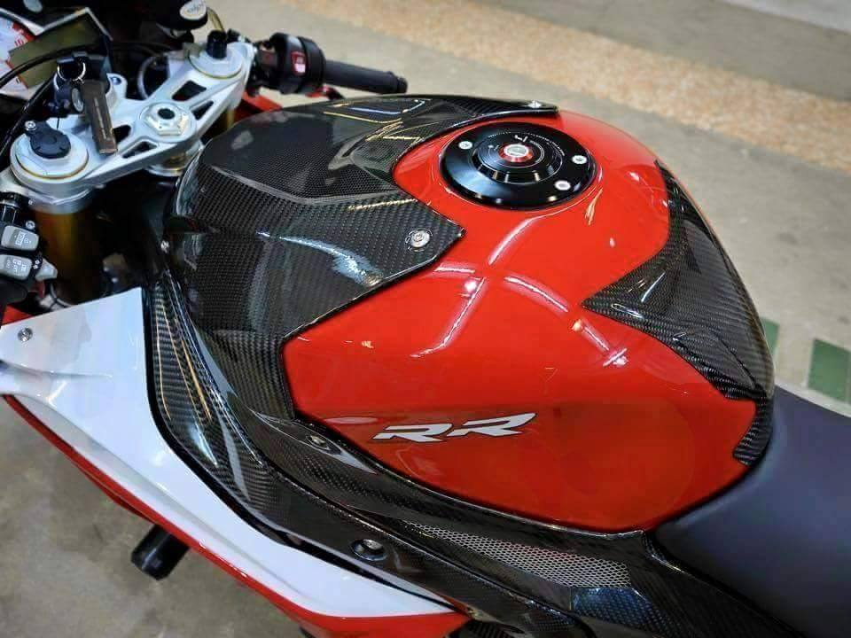 BMW S1000RR 2015 phien ban Carbon cuc chat cung nhieu option khung - 3