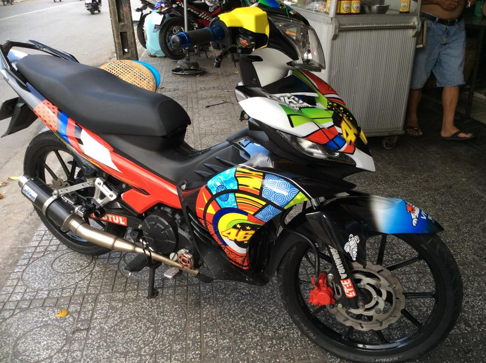 Chiec ma Exciter 135cc phien ban 46 Rossi - 2