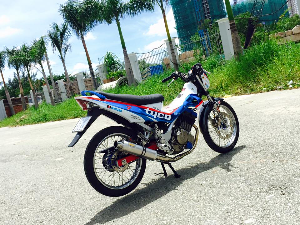 Con suzuki raider 150 doi cu show hang - 5