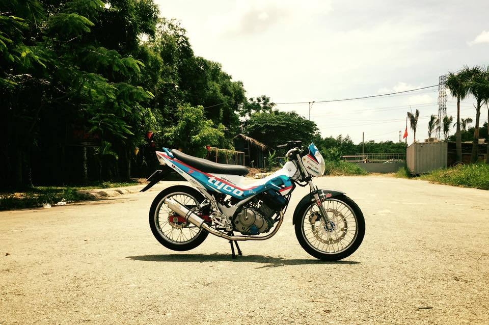 Con suzuki raider 150 doi cu show hang - 8