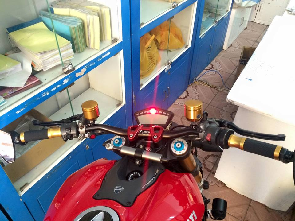 DUCATI STREETFIGHTER 1098S HQCN CAN BAN - 6