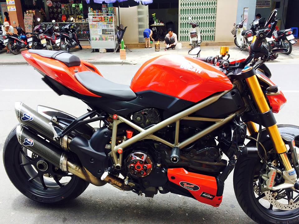 DUCATI STREETFIGHTER 1098S HQCN CAN BAN - 7