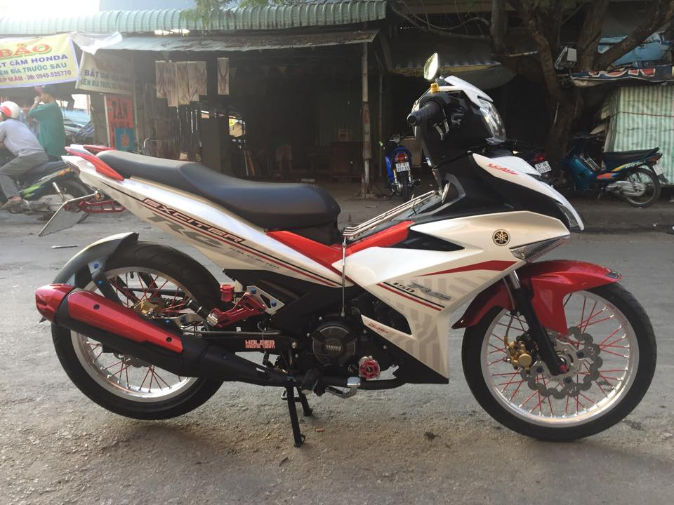 Exciter 150RC do banh cam nhe nhang