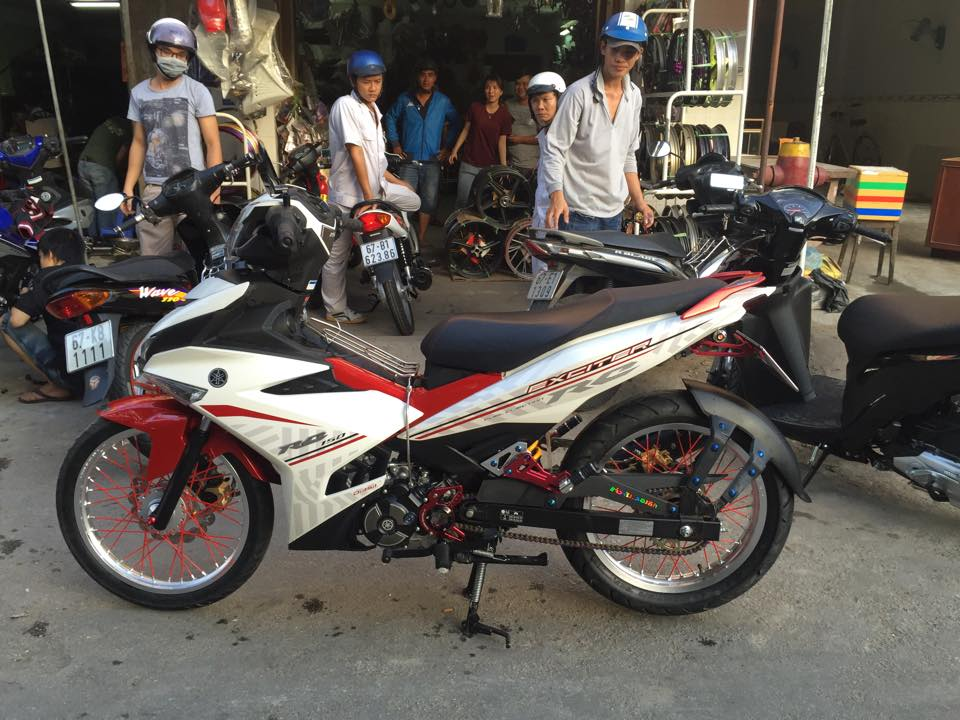 Exciter 150RC do banh cam nhe nhang - 3