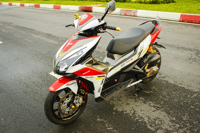 Honda Air Blade do noi bat o Sai Gon - 7