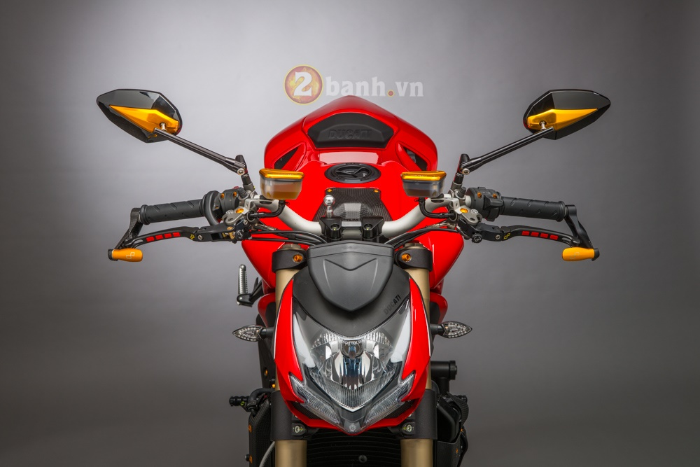 Tuyet pham Ducati Streetfighter 848 do phien ban Lightech - 2