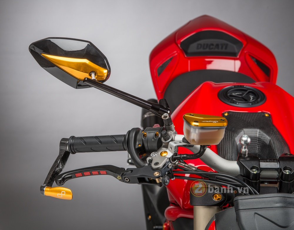 Tuyet pham Ducati Streetfighter 848 do phien ban Lightech - 3