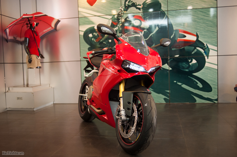 Can canh Ducati 1299 Panigale S chinh hang tai Viet Nam - 3