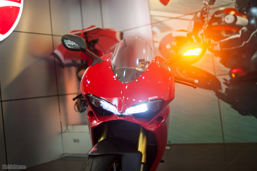 Can canh Ducati 1299 Panigale S chinh hang tai Viet Nam - 15