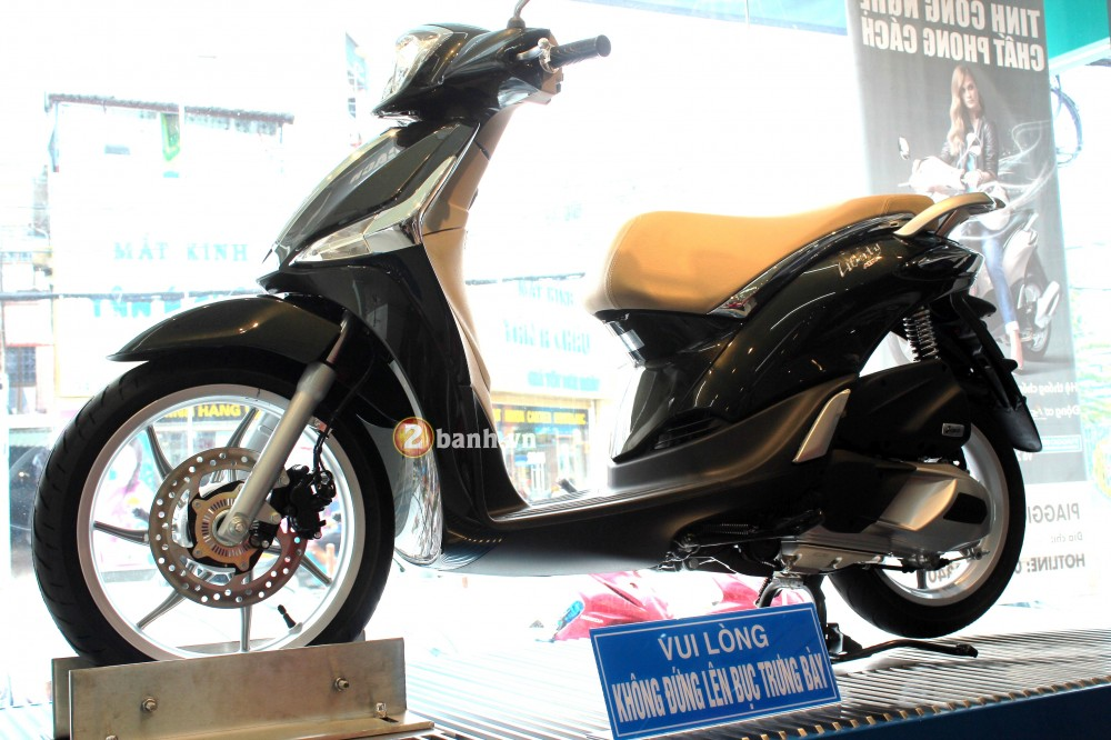 Cung 2banhvn cam nhan ve xe Piaggio Liberty ABS 2015 - 2