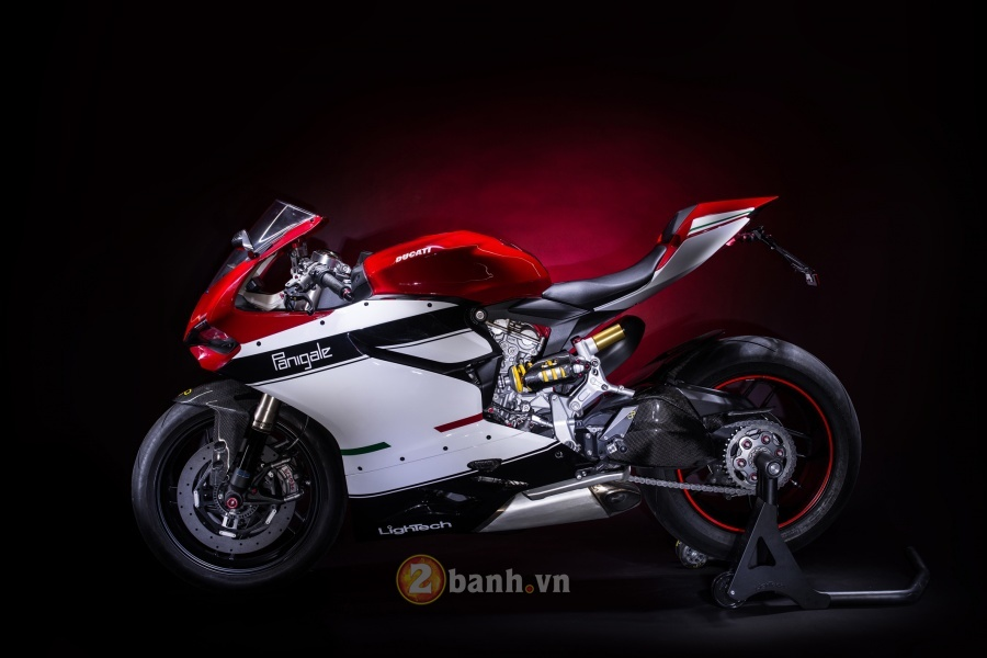 Ducati 1199 Panigale do dep tuyet hao voi phien ban LighTech