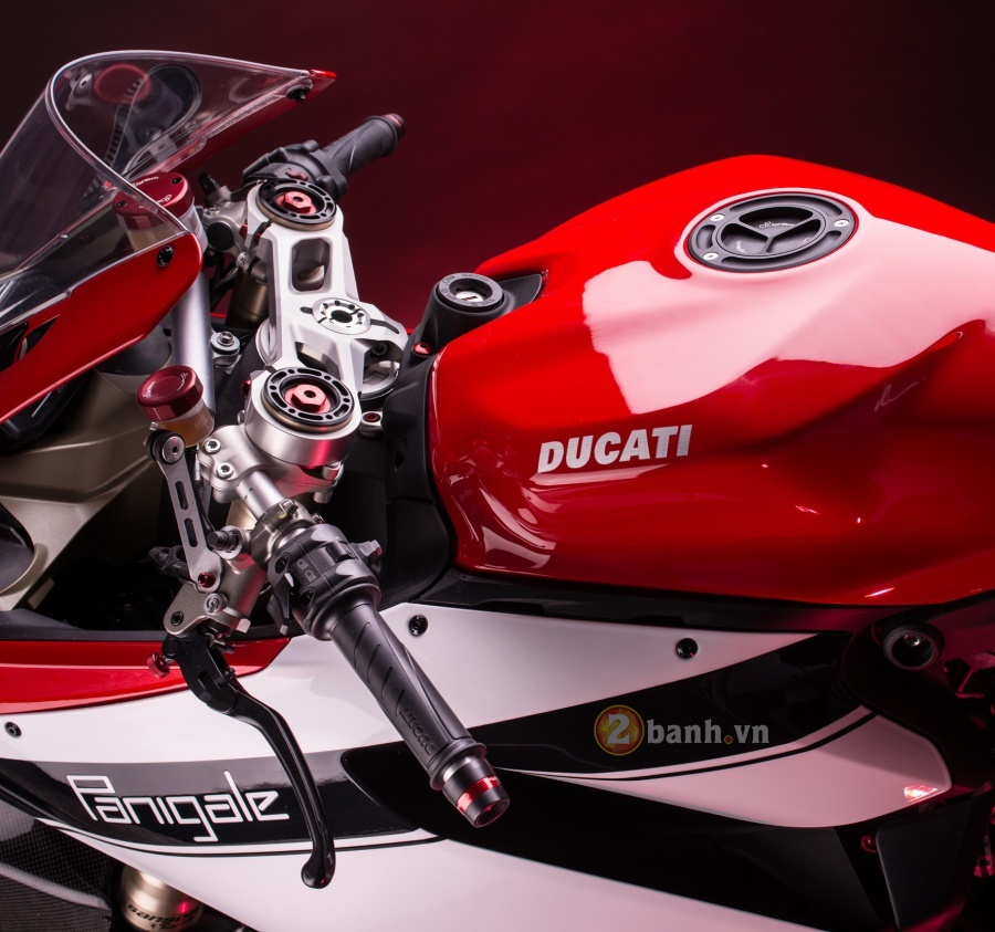 Ducati 1199 Panigale do dep tuyet hao voi phien ban LighTech - 3