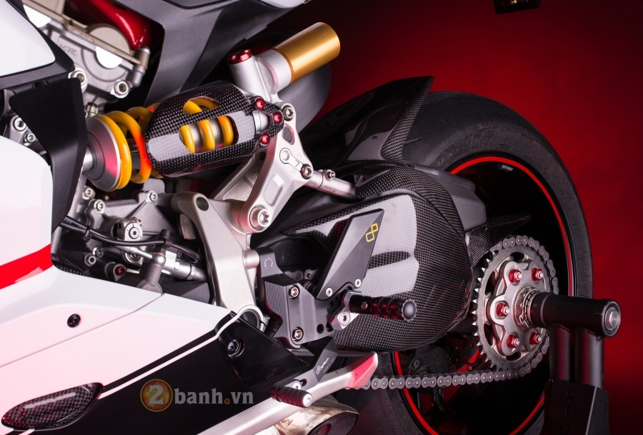 Ducati 1199 Panigale do dep tuyet hao voi phien ban LighTech - 7