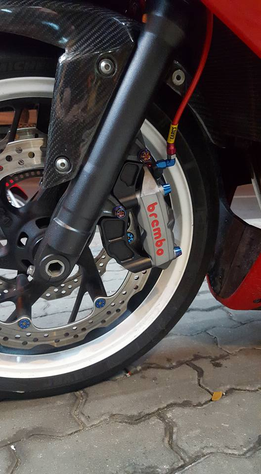 Honda CBR650F do man ma cung dan do choi hang hieu - 5