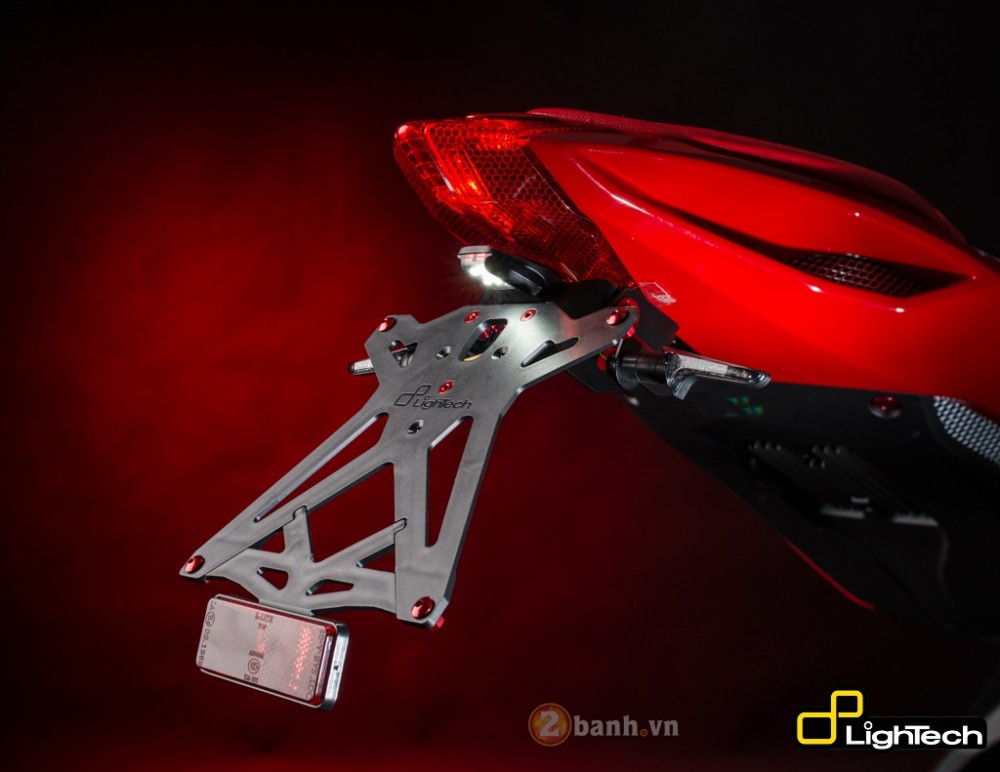 MV Agusta F3 800 dep an tuong voi ban do LighTech - 9