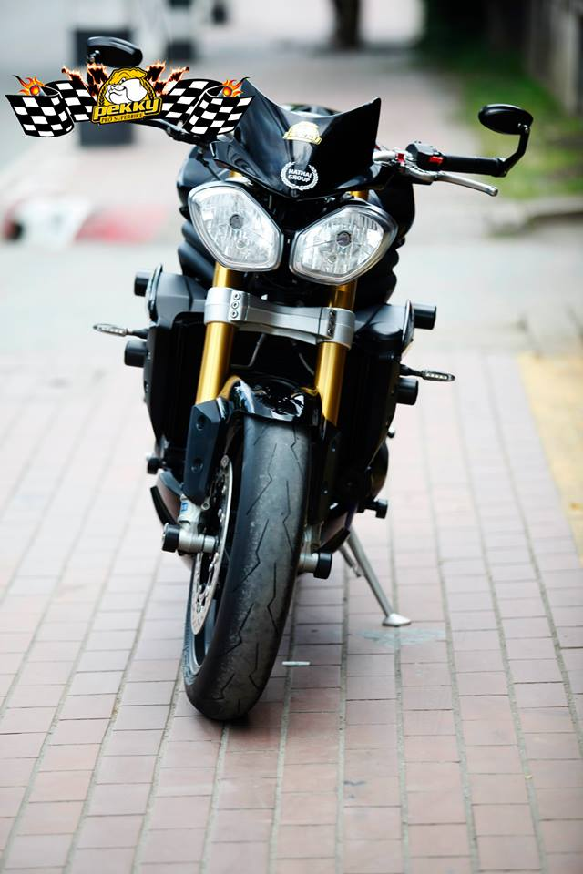 Triumph Speed Triple do phien ban sang chanh - 2