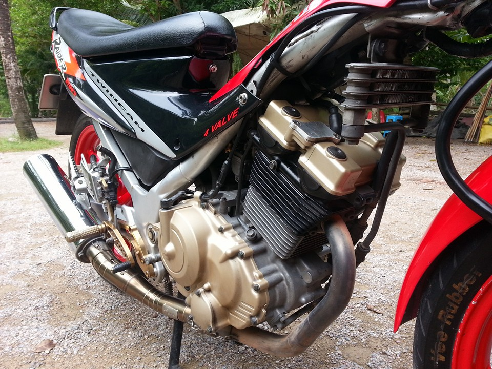 An tuong con suzuki raider doi cu dat max speed 157 kmh - 4