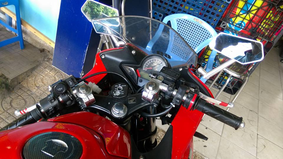 Can ban moto CBR 150i Thai Lan mau do - 2