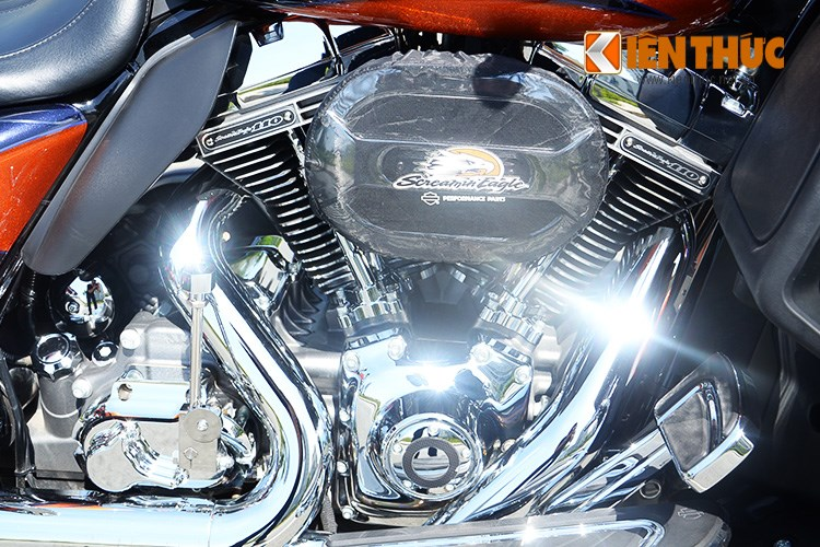 Can canh HarleyDavidson CVO Street Glide 2015 gia 16 ty dong tai Viet Nam - 17