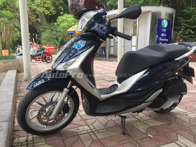 Can canh Piaggio Medley 2016 duoc lap rap trong nuoc tai Ha Noi