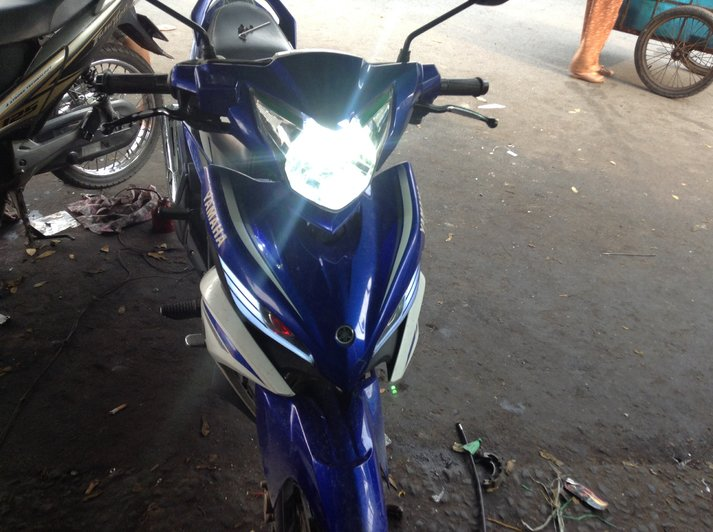 Den pha cos headlight cho xe may - 3