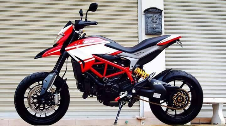 Ducati Hypermotard do nhe voi vai mon do choi kieng