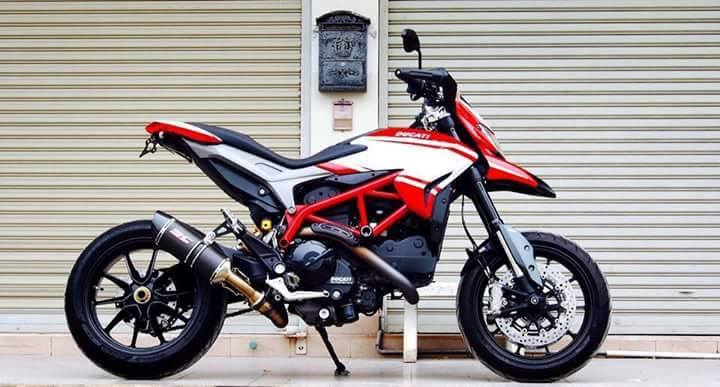 Ducati Hypermotard do nhe voi vai mon do choi kieng - 7