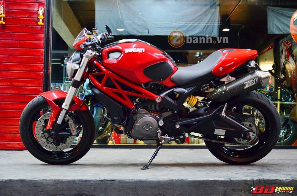 Ducati Monster 795 do don gian voi nhung mon do choi hang hieu - 2