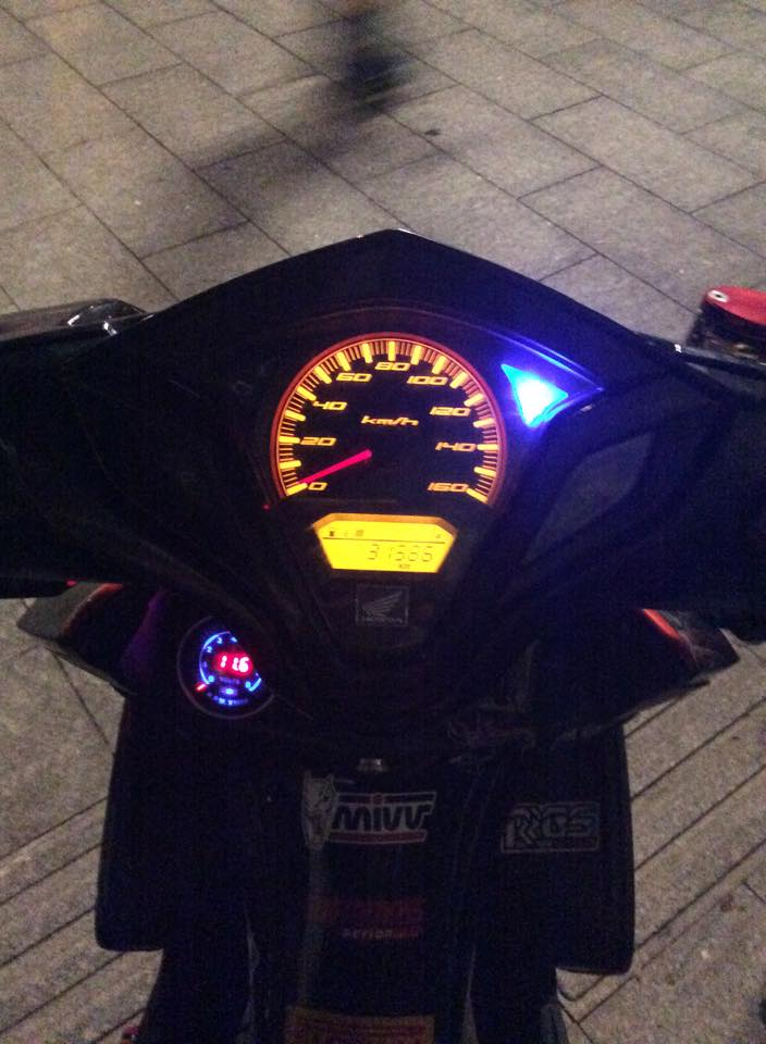 Honda Air Blade kieng chat - 2