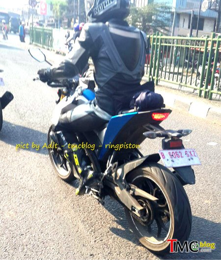 Lo anh dong ho Yamaha MT15 goi y the he tiep theo cua R15 - 6