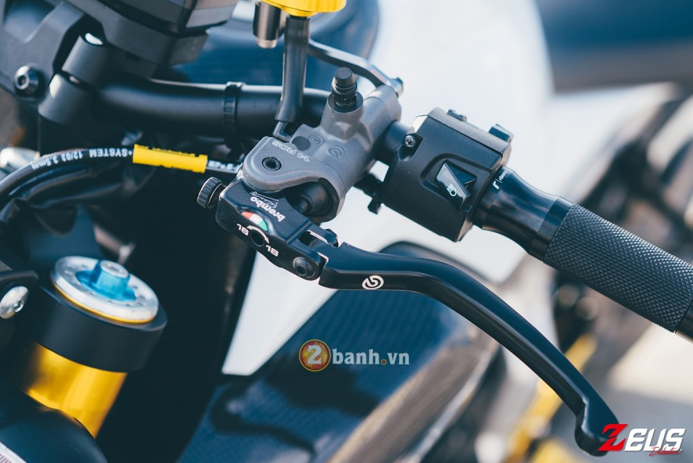 Phien ban do day hang hieu cua Yamaha MT07 - 4