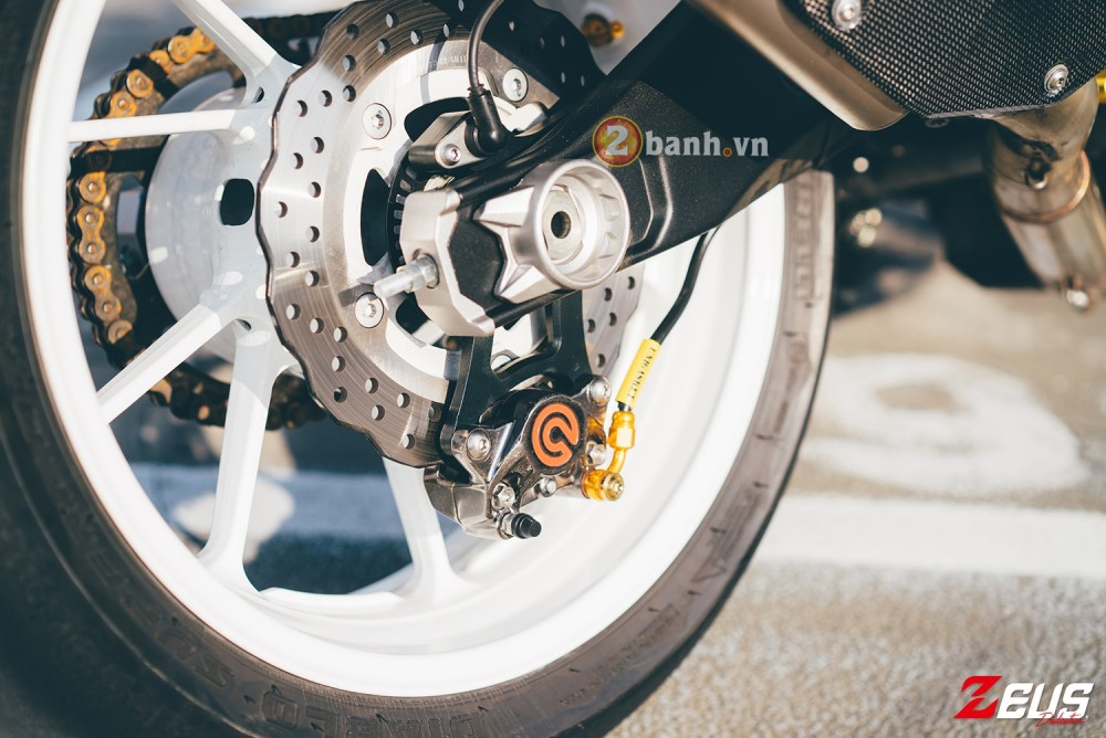 Phien ban do day hang hieu cua Yamaha MT07 - 16