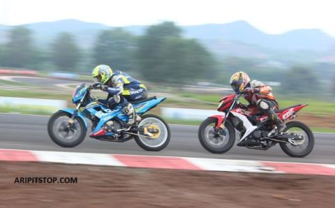 Satria Fu150 Raider 150 King Of King Dan Dau Cuoc Dua Irrc 2015 on suzuki raider 150 fi