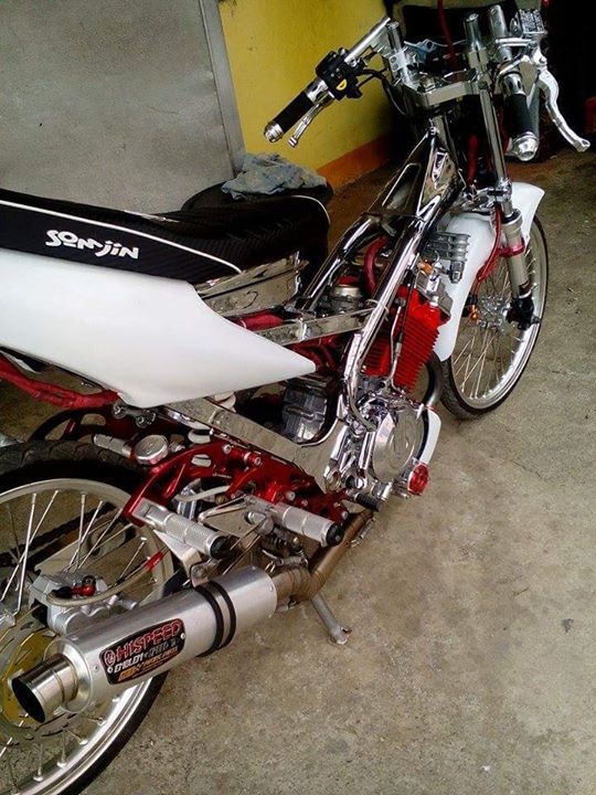 Suzuki Raider do noi bat voi hang loat do choi Racingboy - 2
