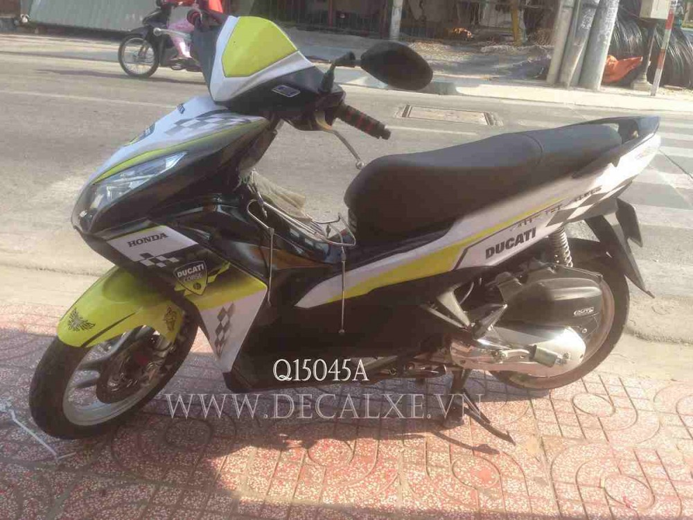 Tem che xe airblade 2015 - 6