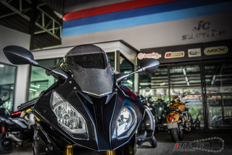 Can canh BMW S1000RR 2015 do khung voi phien ban Black step Racing Performance - 4