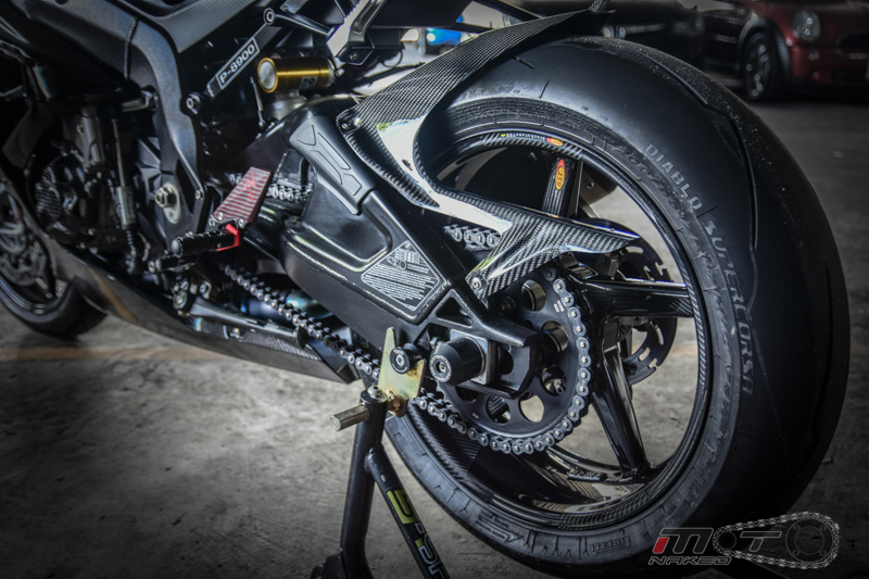 Can canh BMW S1000RR 2015 do khung voi phien ban Black step Racing Performance - 26