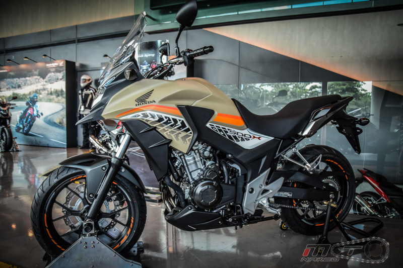 Can canh Honda CB500X 2016 mau adventure tam trung an tuong tai Motor Expo 2015