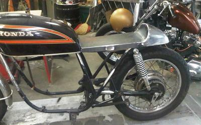 Chia se ve Cafe Racer va tracker - 6