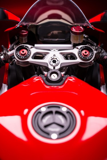 Ducati 1199 Panigale phien ban full Lightech - 11