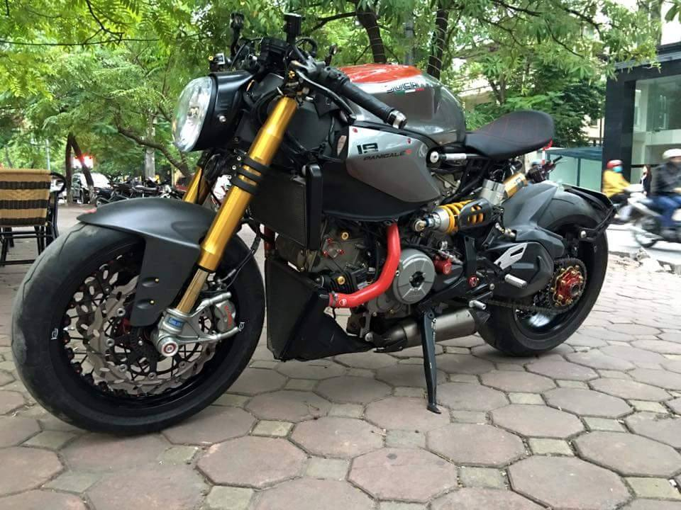 Ducati 1199 Panigale S do kich doc voi phong cach Streetfighter