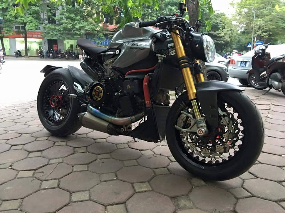 Ducati 1199 Panigale S do kich doc voi phong cach Streetfighter - 2