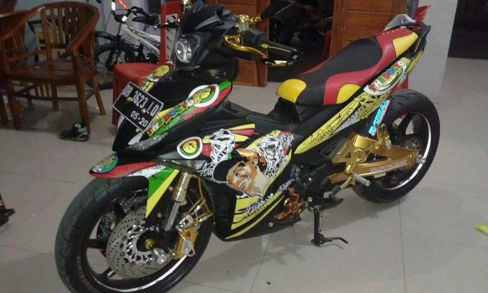 Exciter 150 do phong cach Rossi an tuong