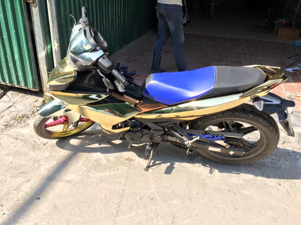 Exciter 150cc son crome cuc dinh - 2