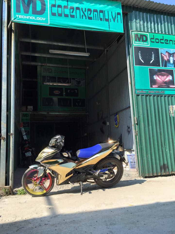 Exciter 150cc son crome cuc dinh - 4