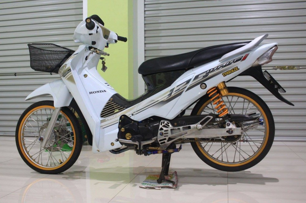 Honda Wave 125i do day chat choi cua biker Thai - 2