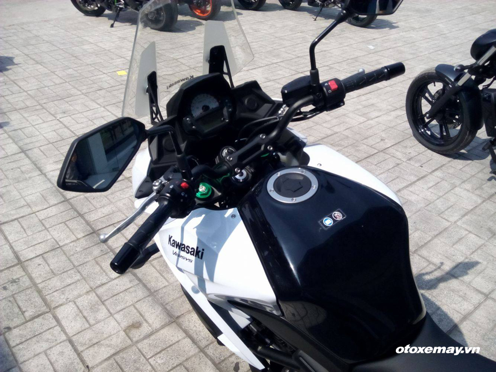 KAWSAKI VULCAN S AND VERSYS 650 ABS - 4