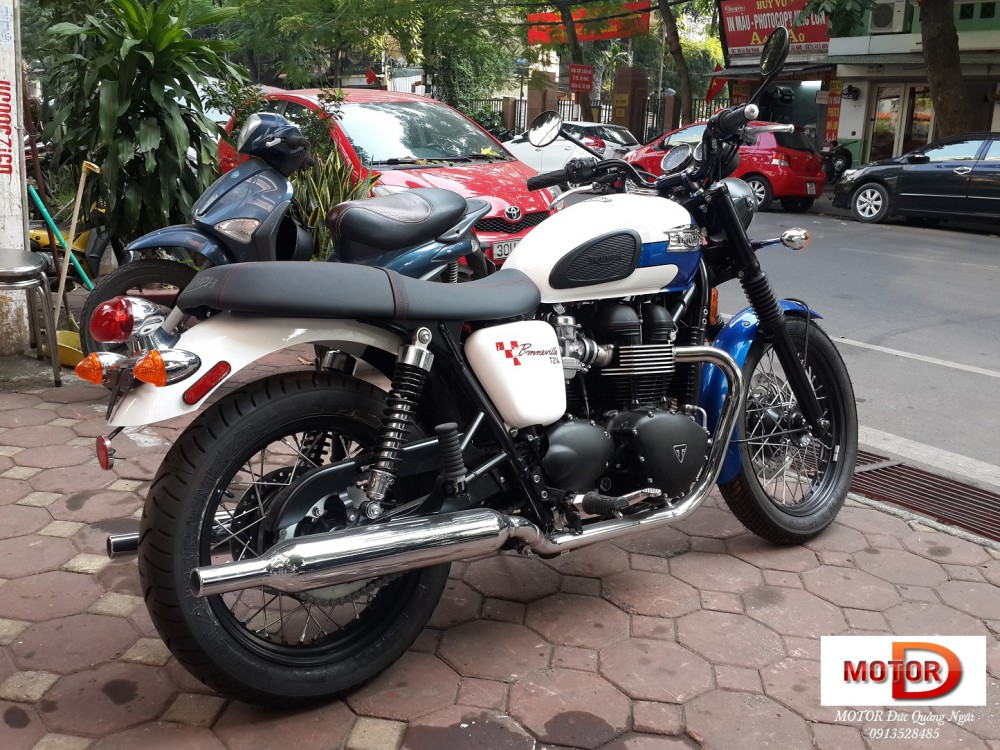 May em Triumph Bonneville vua ve doi - 3