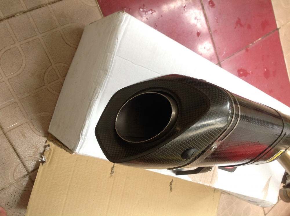 Po Akrapovic chinh hang cho Z800 New 99 Gia re bat ngo - 6